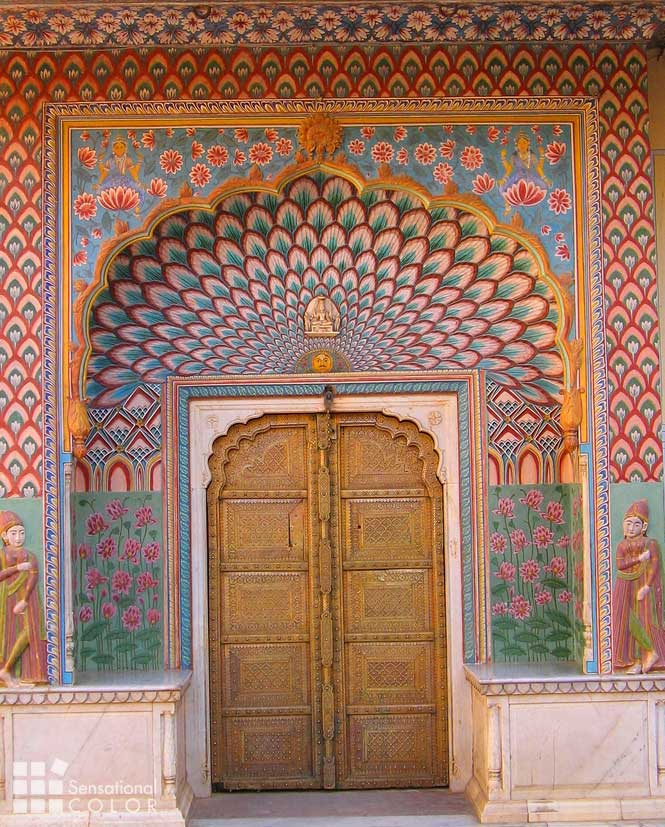 Jaipur the pink city in colorful rajasthan india for Wallpaper for home walls jaipur
