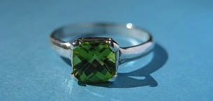 Birthstone for August: Peridot